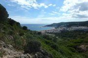 Coastal hiking on the South Coast of Lisbon in Arrabida Nature Park