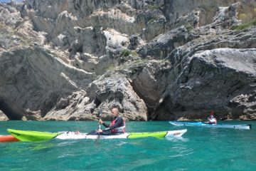 Hike and kayak on the unique wild coastline of Sesimbra as well as the Nature Park until we reach Troia Peninsula and the estuary of the Sado River